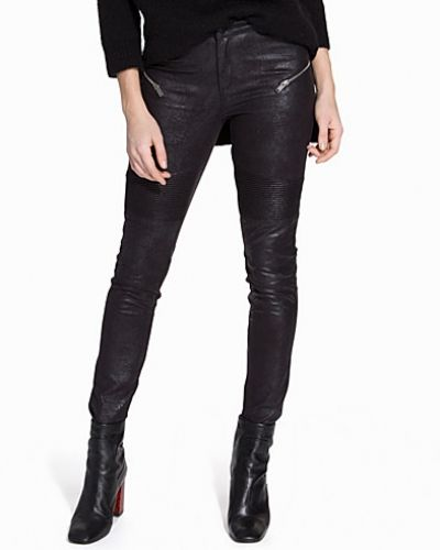 Byxa Tight Biker Pants från NLY Trend