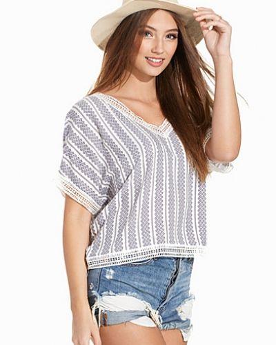 Oversize-tröja Tile Stripe Crochet Trim Top från New Look