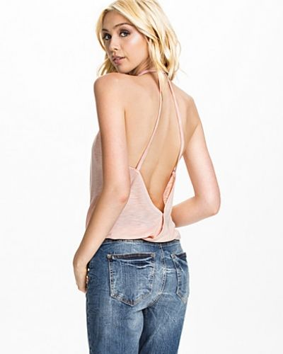NLY Trend Triangle Back Singlet