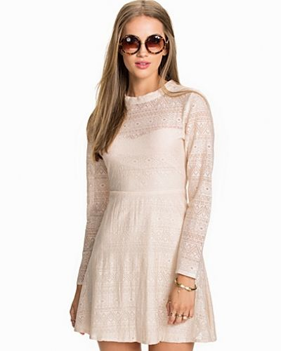 NLY Trend Tunnel Lace Dress