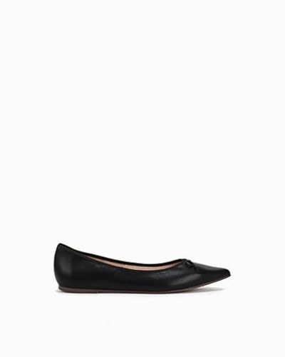 Loafers V Pointed Ballets från Topshop