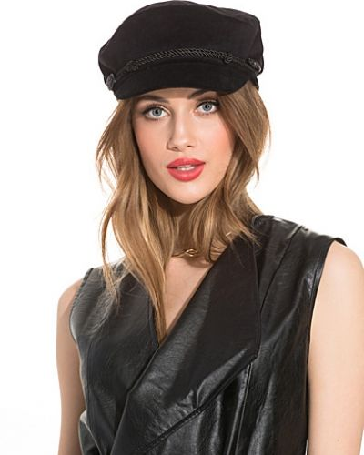NLY Accessories Velvet Captain Hat