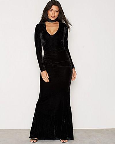 Velvet Drape Gown Nly Eve maxiklänning till dam.