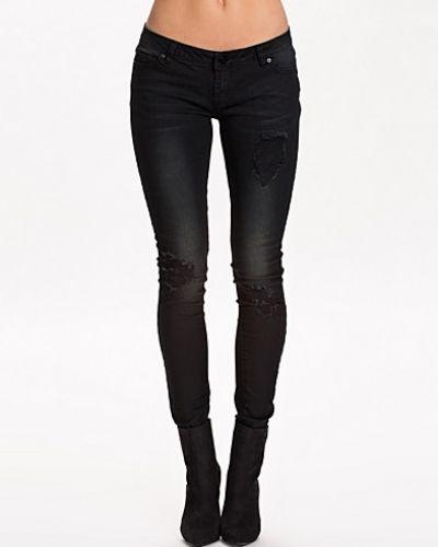 Svart slim fit jeans från VILA till dam.