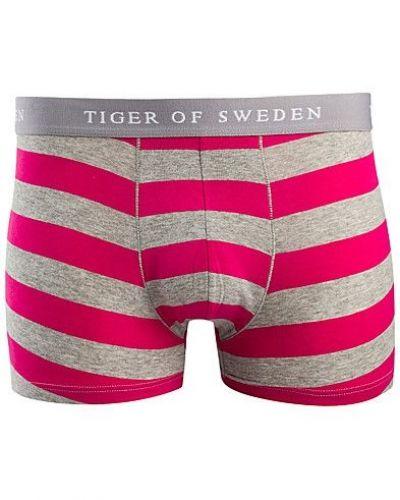 Till herr från Tiger of Sweden, en rosa boxerkalsong.