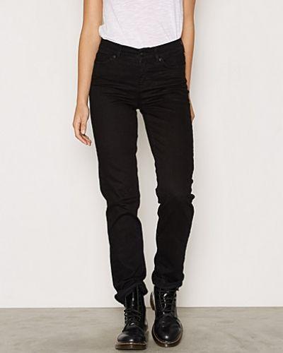 Svart straight leg jeans från Vero Moda till dam.