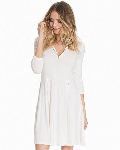 Klänning VMNIHO 3/4 ROLLNECK ZIP DRESS NFS från Vero Moda