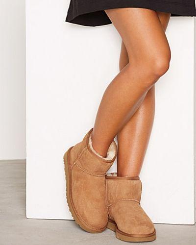 Till dam från UGG Australia, en brun känga.
