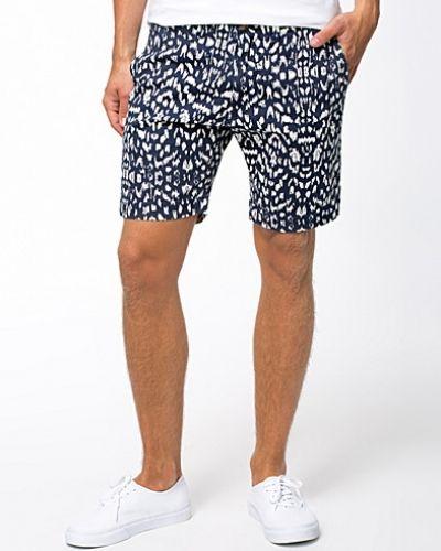 Metallicfärgad shorts från Selected Homme till herr.