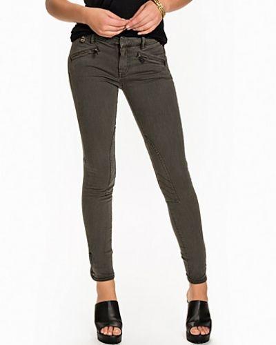 Whitlyn Jod Denim Polo Ralph Lauren slim fit jeans till dam.