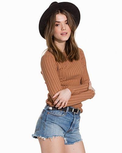 Till dam från New Look, en brun stickade tröja.