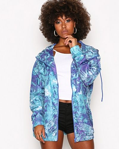 Till dam från Adidas Originals, en flerfärgad höst- och vinterjacka.