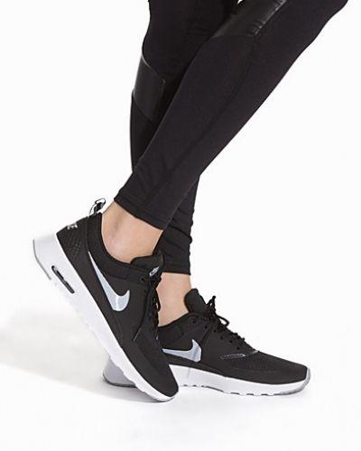 Svart sneakers från Nike till dam.