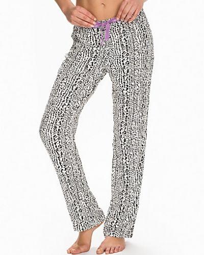 Till dam från Calvin Klein Underwear, en vit pyjamas.