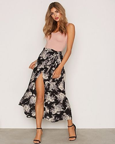 NLY Trend Wrap Me Skirt