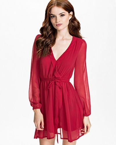 Wrapped Dress NLY Trend långärmad klänning till dam.