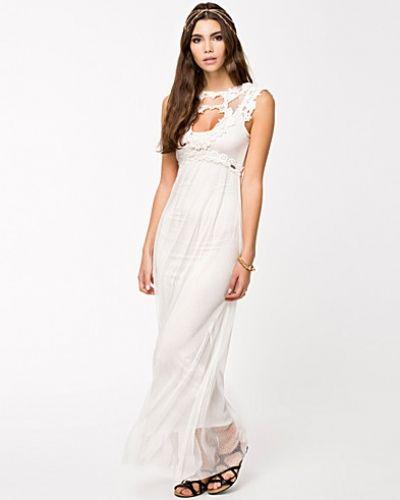 8c9549b8e8db Till dam från Fornarina, en metallicfärgad maxiklänning. Yustin Dress