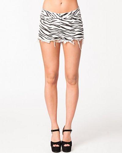 NLY Trend Zebra Shorts