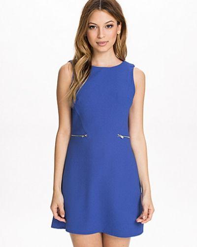 Oversizeklänning Zip Pocket Front Dress från New Look