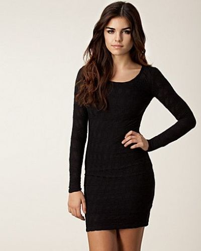 svart långärmad klänning